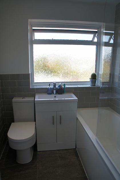 Bathroom in Riverview Park (after) | Quality Plumbing