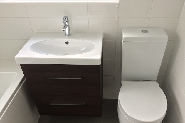 Bathroom in Orpington (After) | Quality Plumbing